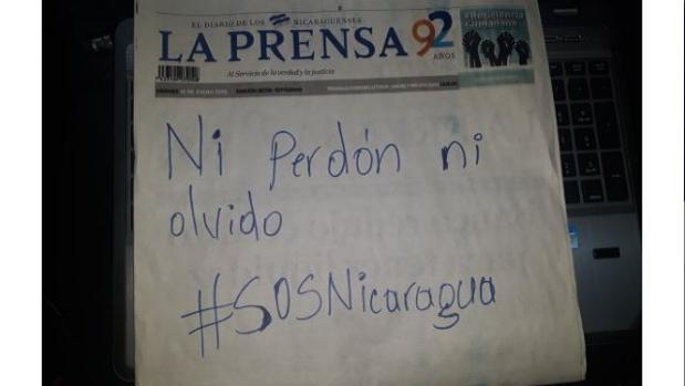 Portada de «La Prensa» del viernes, con un mensaje contra Ortega