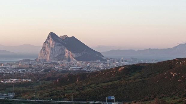 """Resultado de imagen para La UE señala a Gibraltar como """"colonia británica"""