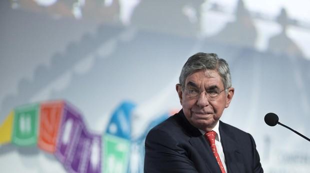 Oscar Arias, en un encuentro internacional en Cancún hace cuatro años