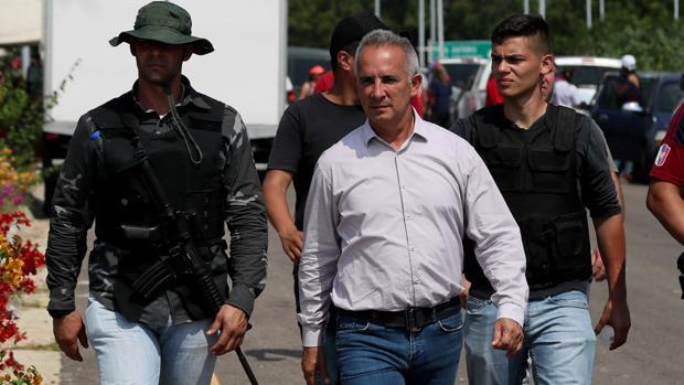 El régimen de Maduro amenaza con desplegar milicianos francotiradores en la frontera de Venezuela