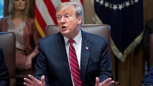 Trump acepta a regañadientes el acuerdo de gasto del Congreso