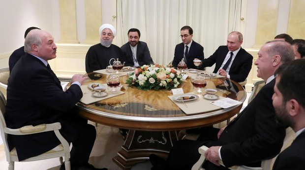 Reunión entre los líderes de Rusia, Turquía e Irán, ayer en Sochi