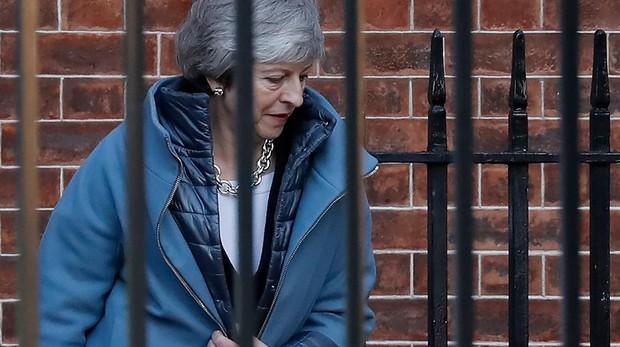 El Parlamento rechaza la estrategia de Brexit de May