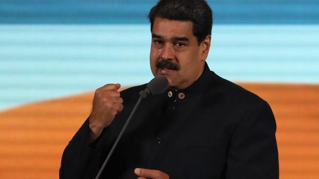 Maduro expulsa a los europarlamentarios que iban a visitar a Guaidó en Venezuela