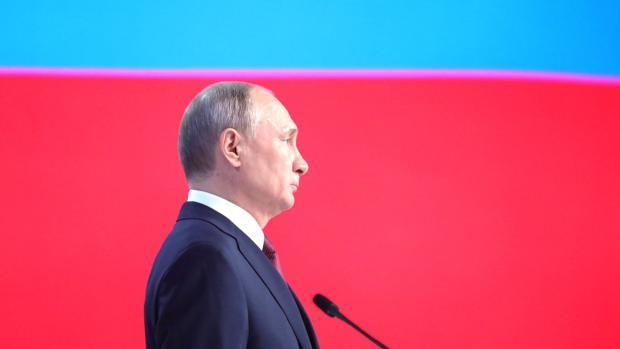 Vladimir Putin se dirige a la Asamblea Federal en Moscú