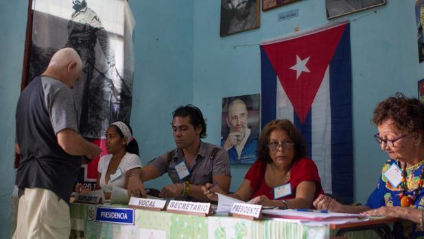 Apatía de los cubanos en una referéndum sin sorpresas