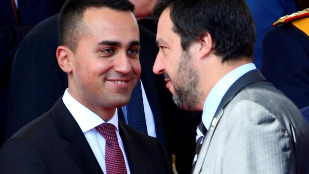 Los líderes del M5E y la Liga, Luigi Di Maio y Matteo Salvini, en una imagen de archivo