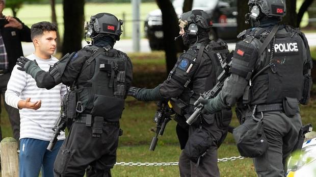 El atentado de Nueva Zelanda, una respuesta tardía a un crimen en tiempo real