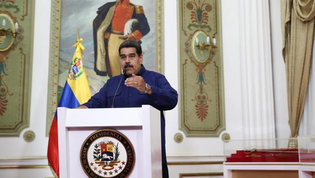 Maduro ultima una reestructuración de todo su Gobierno