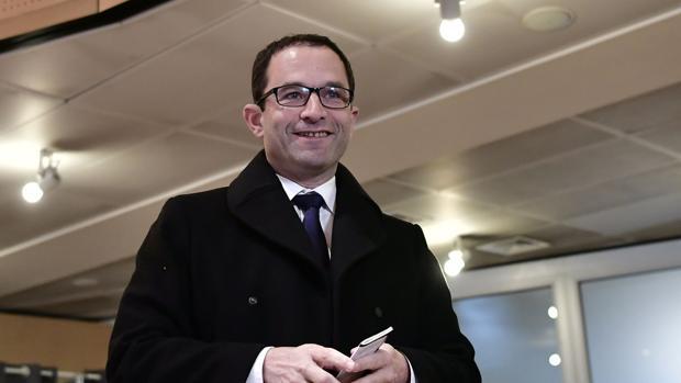 Benoît Hamon, el líder que hundió al Partido Socialista francés, dice que quiere visitar a los políticos catalanes presos