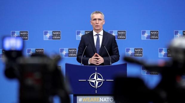 El secretario general de la OTAN, Jens Stoltenberg, ofrece una rueda de prensa este lunes en Bruselas