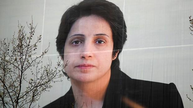 Más de 700.000 firmas para anular la sentencia de la abogada iraní condenada a prisión y latigazos