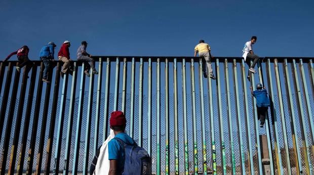 México recopila información biométrica de los inmigrantes a cambio de fondos de EE.UU.