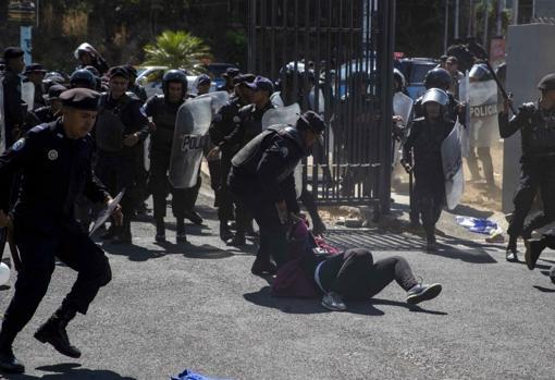 El estancamiento de la crisis en Venezuela ha envalentonado a Daniel Ortega»
