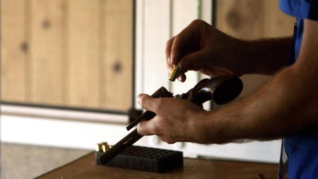 La Policía neozelandesa busca a un hombre por robar 11 armas de fuego de una comisaría
