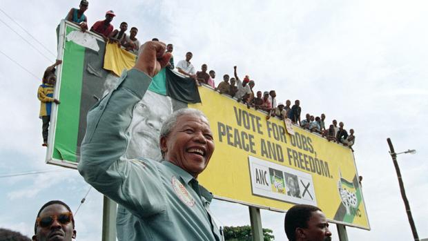 Las cosas que no podía hacer una persona de color en Sudáfrica hace 25 años