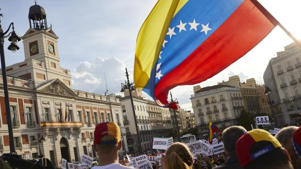 Venezolanos en España: entre las lágrimas y la esperanza