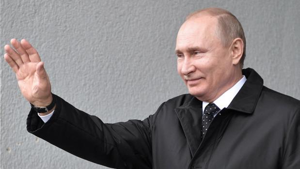 Rusia niega que frenara la dimisión de Maduro
