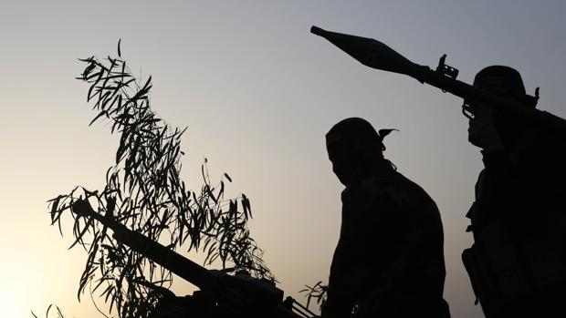 Israel bombardea «objetivos» de Hamás en Gaza por el lanzamiento de globos incendiarios