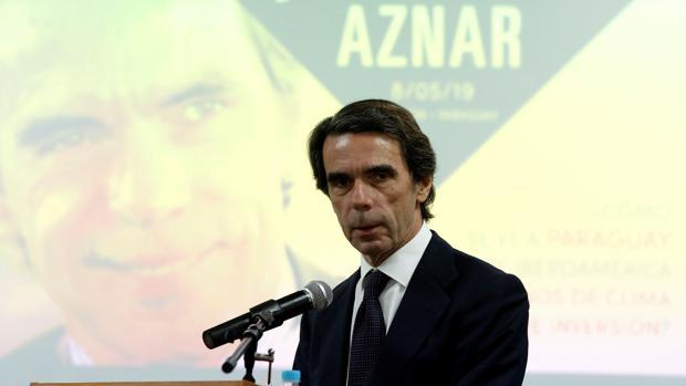 Aznar defiende una «intervención» en Venezuela para apoyar a Guaidó