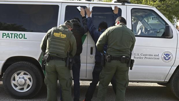 El número de detenidos en la frontera entre EE.UU. y México alcanza su cota más alta desde 2009