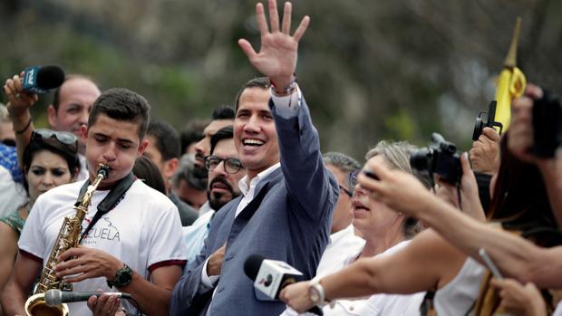 Guaidó busca la ayuda del Comando Sur de EE.UU.