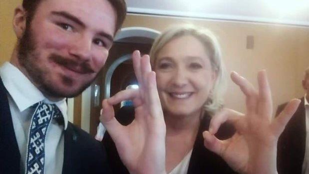 ¿Qué significa el gesto «OK» usado por Marine Le Pen y asociado a los supremacistas blancos?