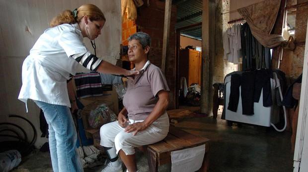 Médicos, los otros «soldados» del régimen cubano en Venezuela