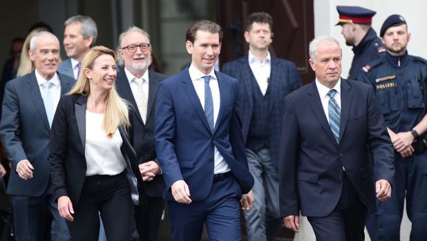 Un gobierno provisional de técnicos toma las riendas de Austria tras el «Ibizagate»