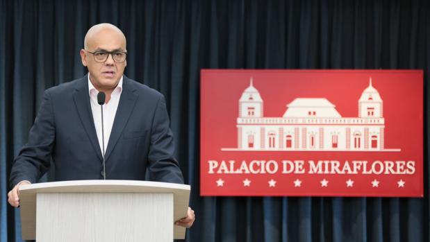 El ministro de Comunicación, Jorge Rodriguez, estuvo presente en la primera cita y acudirá a la cita