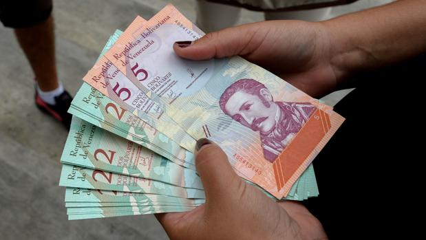 El chavismo admitió una inflación de 130.000%, solo un 8% del crecimiento real de los precios