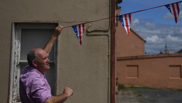 «Bienvenido Mister Trump» en un pequeño pueblo de Irlanda