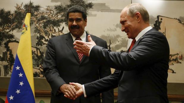 Rusia enviará más especialistas militares a Venezuela si Maduro lo solicita