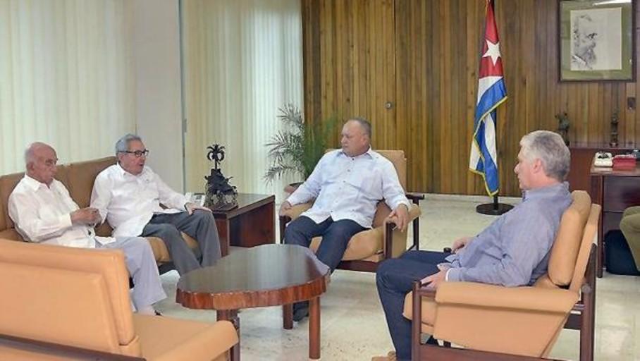 Diosdado Cabello visita Cuba para reforzar su poder en Venezuela