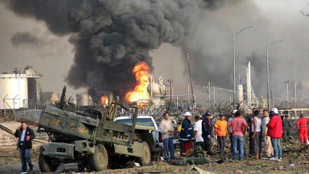 Dos explosiones en las inmediaciones de una refinería venezolana deja tres muertos