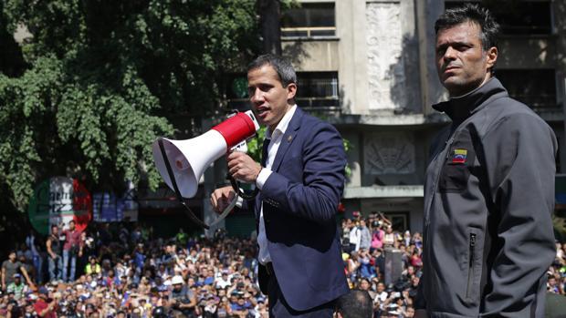 La división de la oposición entorpece el cambio político en Venezuela