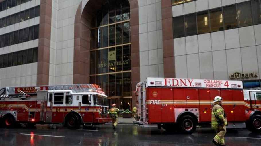 El piloto del helicóptero que se estrelló en Manhattan no tenía licencia para volar en condiciones adversas
