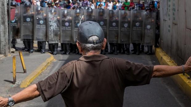 Los venezolanos temen a la Policía más que a los delincuentes