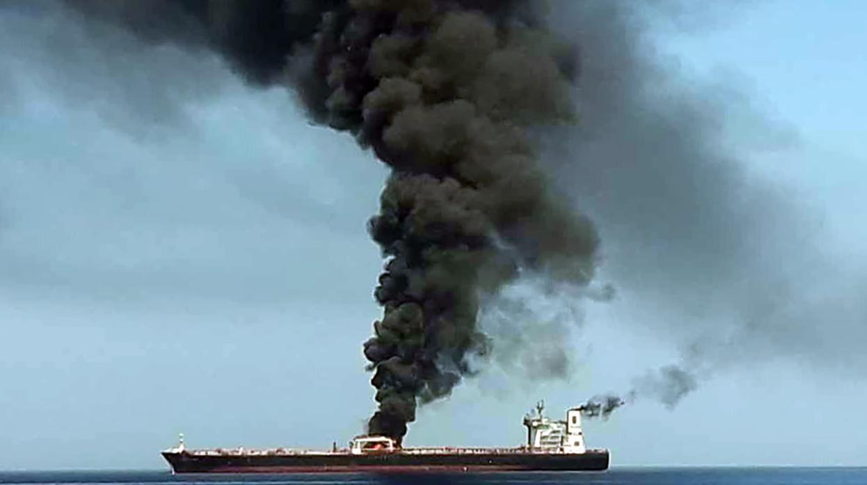 Un nuevo ataque contra petroleros en el Golfo acentúa la tensión entre Estados Unidos e Irán