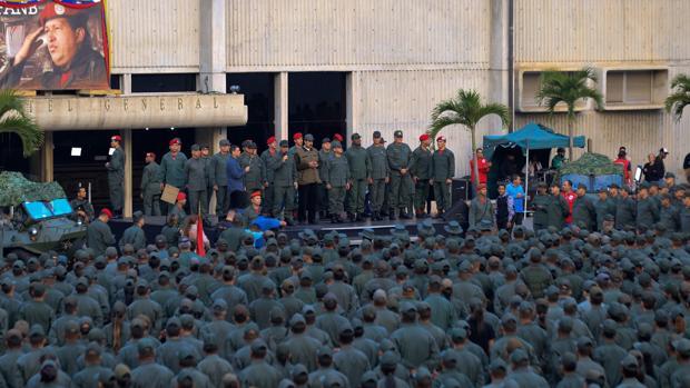 El régimen de Maduro somete a tortura a los presos políticos en celdas clandestinas