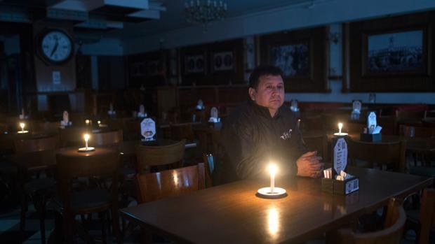 La tardía reacción de Macri al apagón ensombrece su campaña para ser reelegido