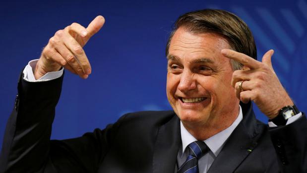 Una empresa española difundió la campaña de Bolsonaro en WhatsApp