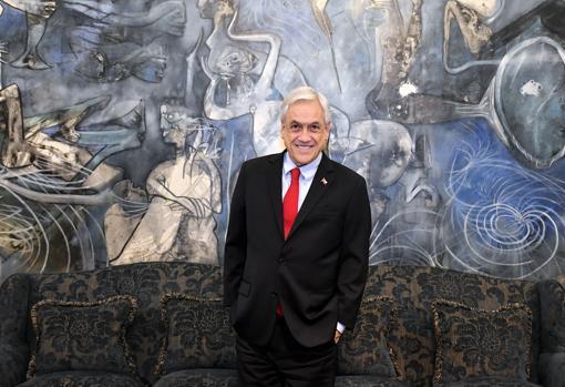 Sebastián Piñera posa para ABC en el Palacio de la Moneda