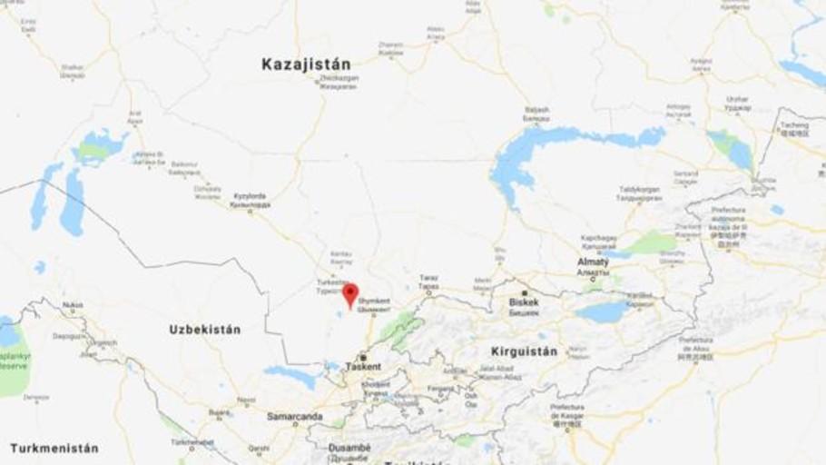 Una explosión en un arsenal militar obliga a evacuar una ciudad en el sur de Kazajistán