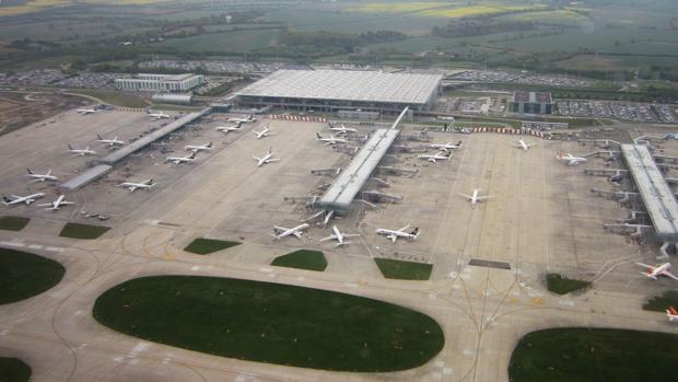 Un avión de Air India aterriza de emergencia en Londres por una amenaza de bomba