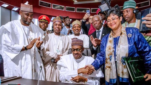 Nigeria firma el tratado de libre comercio de África