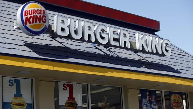 «Vete a México si quieres hablar español», asegura una clienta al encargado de un Burger King en Florida