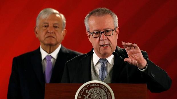 La dimisión del ministro mexicano de Hacienda «desnuda» la agenda ideológica de López Obrador