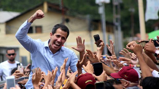 Dos escoltas de Guaidó, detenidos por las fuerzas de seguridad del régimen