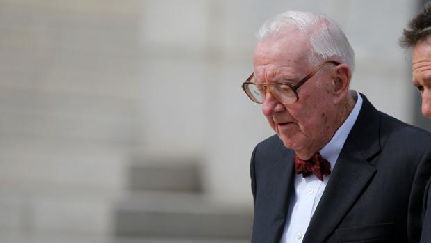 Muere a los 99 años John Paul Stevens, un influyente juez retirado del Supremo de EE.UU.